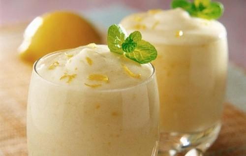 dolci, dolci estivi, mousse al limone, menta, panna, gelato, ricette dolci, zucchero