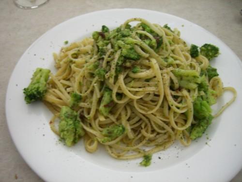 primi piatti, cucina, ricette di cucina, ricette broccoli, spaghetti broccoli e acciughe, acciughe, pasta con i broccoli