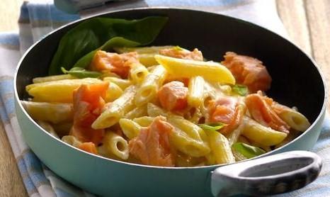 Pennette-di-Salmone-Norvegese-ai-formaggi-delicati_large.jpg