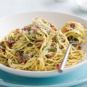 pasta, cucina, primi piatti, spaghetti, carbonara di pesce, pesce spada, ricetta
