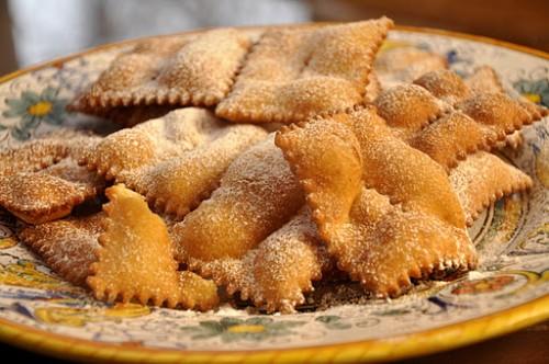 dolci,dessert,cucina,cenci,chiacchere,frappe,ricetta,ricette dolci,carnevale,ingredienti,olio